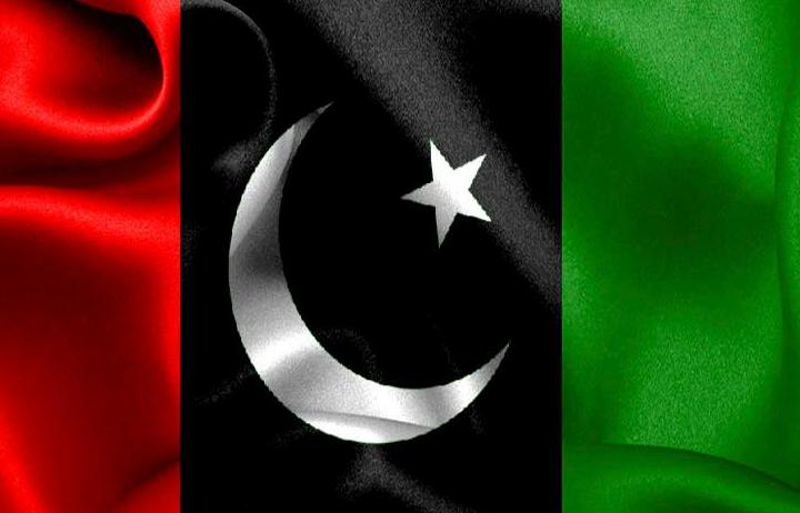 پاکستان پیپلز پارٹی کی مرکزی رہنماﺅں نے کہا ہے کہ پچیس جولائی کو پاکستان کی تاریخ میں بدترین پولیٹیکل انجینئرنگ کرکے سلیکشن کی گئی